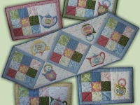 Teapot Table Runner and Placemats