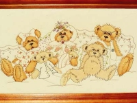 Teddy Family by Libby Richards